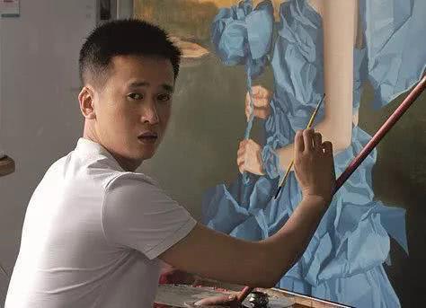他是胡润艺术榜最年轻的油画家,作品曾被拍到百万