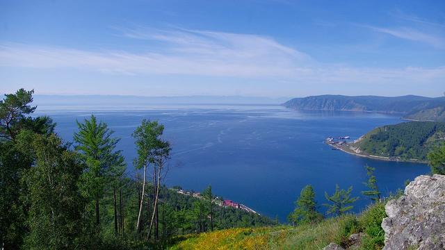 世界排名第一的深湖:淡水占全世界的20%,最深处达1600米!