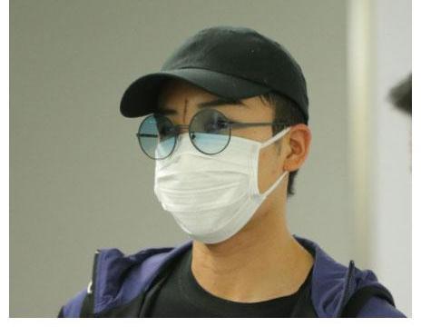 桃田贤斗抵达日本,将接受核磁共振精密检查