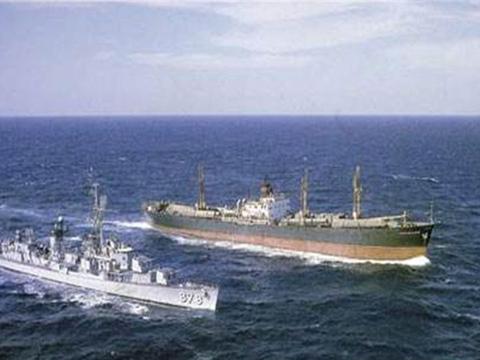 42艘中国军舰现身中业岛,菲律宾火速发出求助,美国无动于衷