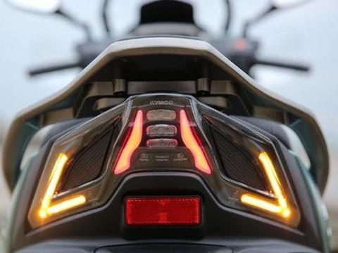 """光阳赛艇的""""继承者"""",全LED灯配博世ABS,支持导航,马力22匹"""