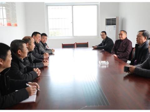 信阳职业技术学院赴新县结对帮扶村走访慰问