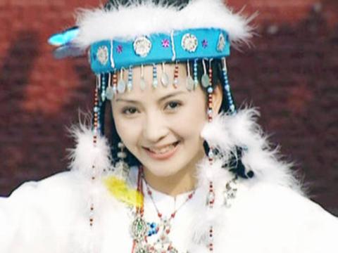 尽管杨幂的香妃造型很是惊艳,但还是败给了佟丽娅!