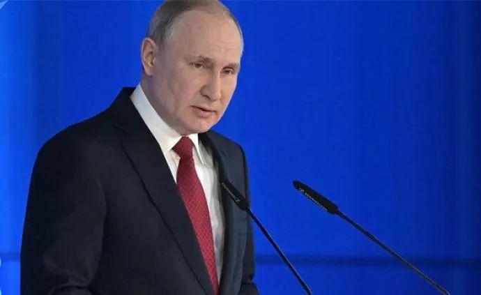 俄政府全体辞职,意味着什么