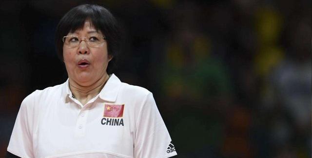 女排主帅:刘晓彤曾春蕾是福将,她在的团队成绩好