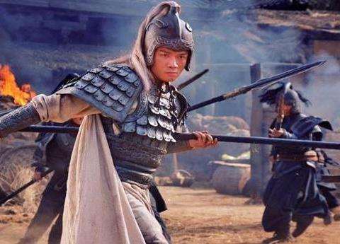同样是五虎上将,赵云和马超对决,究竟谁的武艺更厉害?