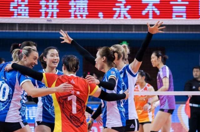 总决赛天津女排为何会陷入困境,又如何成功翻盘的,上海输赢在哪