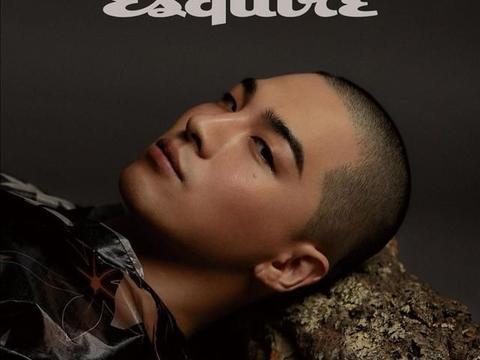 """太阳出席FENDI,""""卤蛋""""造型出现在《Esquire》"""