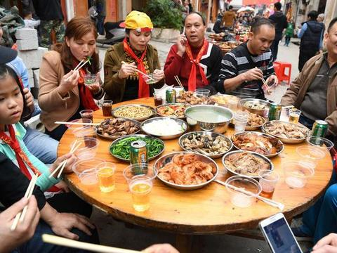 春节将至,有心脑血管疾病的人能不能吃肉?医生一文详细分析