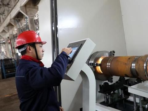 国内首条内壁盲孔激光熔覆产线在安徽淮河能源集团落地