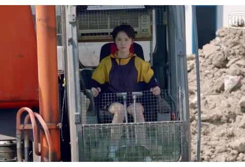 《爱情公寓5》上线,诸葛大力倪妮是校友,咖喱酱卢靖姗曾共戏