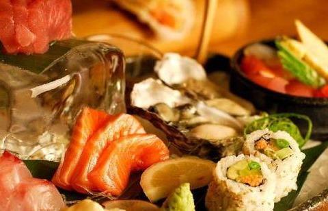 心理测试:你最想吃哪份豪华的午餐?测你这辈子的贵人是谁