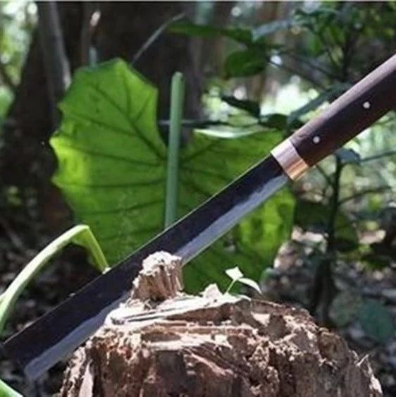 最具名族特色的第一宝刀——阿昌族户撒刀