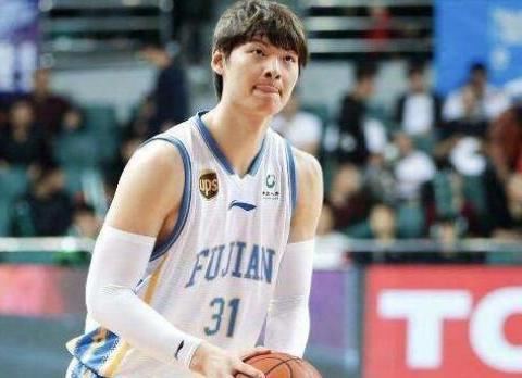 八一男篮遭遇8连败!王哲林51分再创本土球员单场新高!