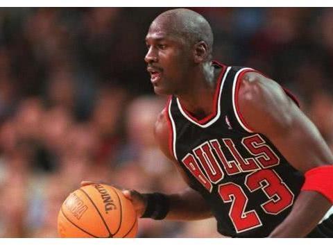 NBA周最佳谁最强?乔丹仅25次,阿杜26次,那科比和詹皇呢