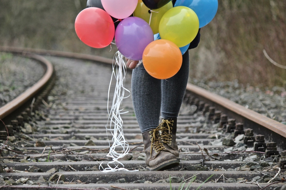 我的过年回家故事:火车上的人情味儿,让回家的路不再孤单