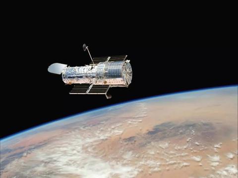 """美国第五代""""间谍卫星""""曝光,GPS精度高达0.4m,图像采集超强"""