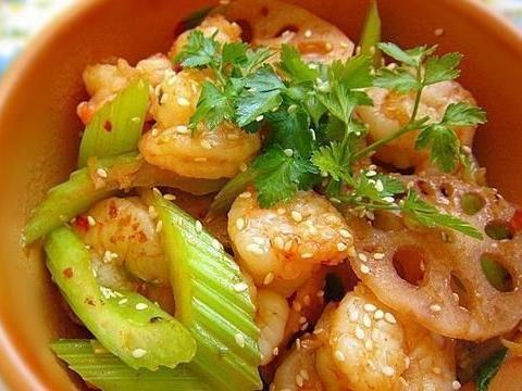 年夜饭菜谱:凉拌白菜心,酱爆平菇肉丝,蚝油焖冬瓜