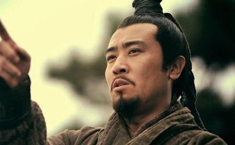 新老两版刘备,于和伟和孙彦军,到底谁演得更好?