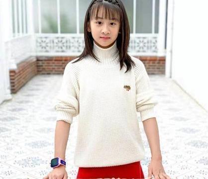 田亮一家人脸型太相似,女儿身高直逼叶一茜,多才多艺未来可期