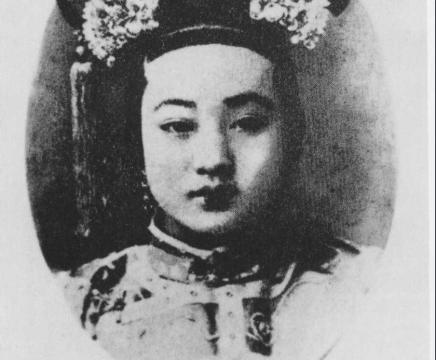 清朝灭亡后瑾妃才将珍妃迁葬到崇陵妃园寝