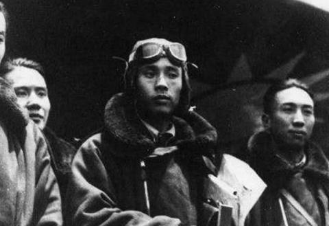 中国军队在山东意外抓到俘虏,得知他的身份后,军队:快将他转移