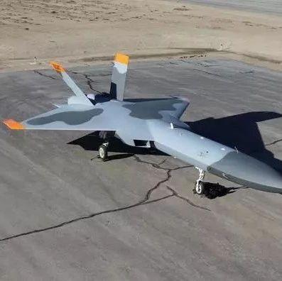 """美军""""仿造的歼-20""""即将首飞!号称低成本,或将成""""猛禽""""靶机"""
