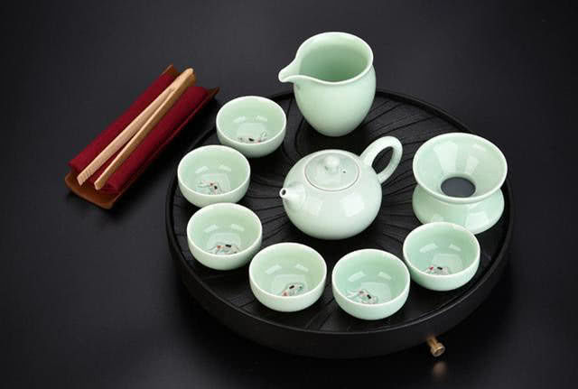 心理测试:选一款茶具,测你晚年是晚年是富贵命还是劳碌命