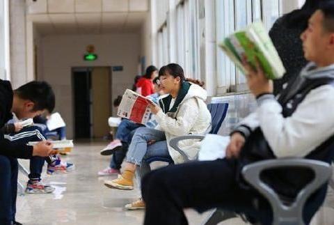 """30所高校公布了超过1300名硕博研究生的退学名单""""动真格的啦"""""""