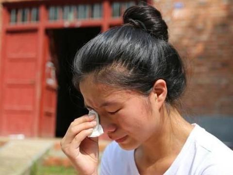 """""""我想生就生"""",24岁女儿拒养1岁弟弟被父母起诉,结局令人唏嘘"""