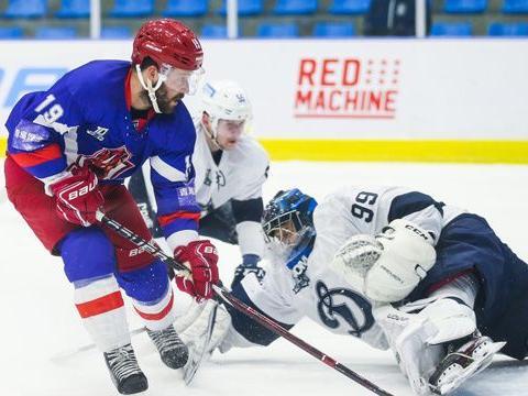 丝路杯冰球超级联赛:先赢后输遭逆转 奥瑞金主场不敌领头羊