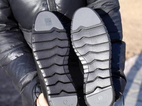 小米有品商务运动鞋测评,不仅职业范,还能跑半马