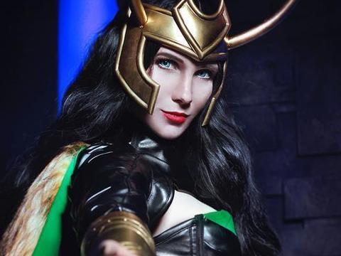女版漫威角色cos,女洛基很帅气,看到女蜘蛛侠后瞬间爱了