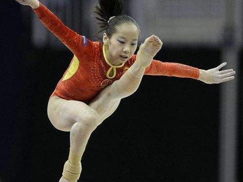 奥运冠军邓琳琳,退役被保送北大,28岁依旧单身