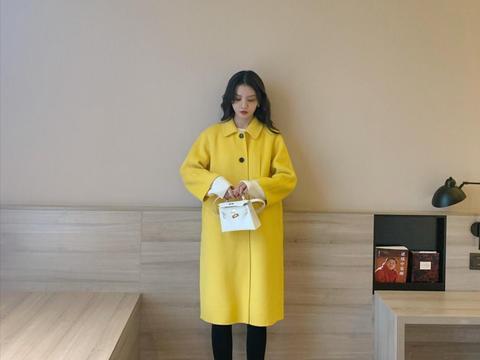 春节该换新装了!这些长大衣能够让你美成焦点,做个优雅女神