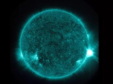 太赞了!科学家在第一分钟,就测量到太阳耀斑,不断演变的能量!