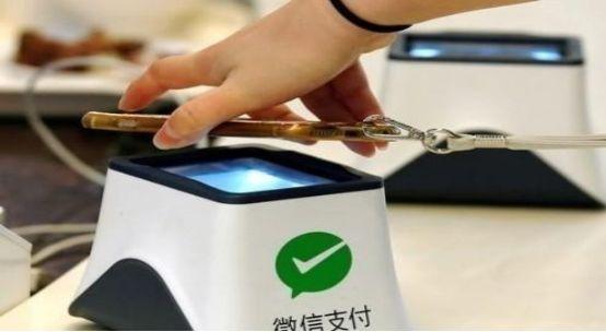 日本人质疑移动支付:手机没电看你们怎么付钱?中国网友回复扎心