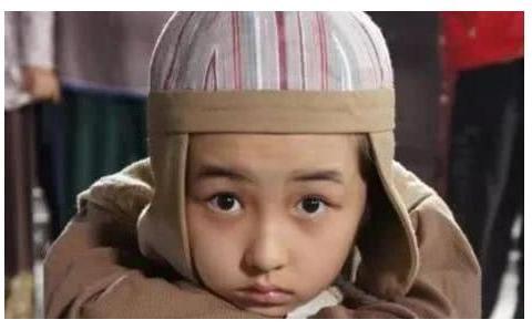 张子枫艺考河南专业统考第一,曾经生活窘迫,父母差点放弃