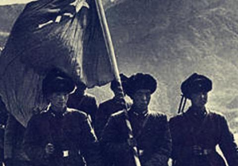 """中印炮兵激斗""""老虎嘴"""",炮兵班长打出火气,直接把炮架到敌前沿"""