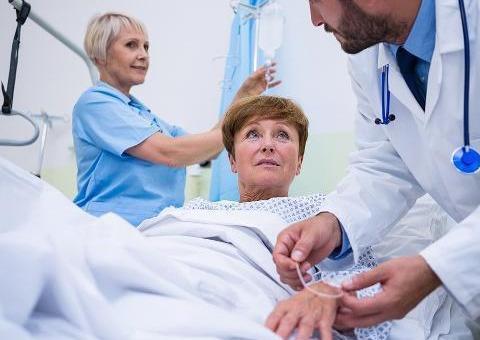 女性做手术,会有哪些风险比男性高?