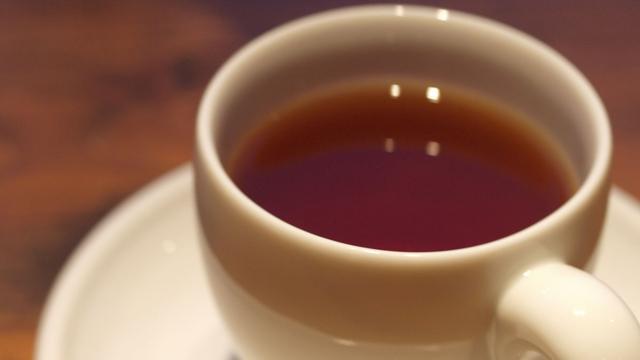 马航370或坠入南海无人岛,外媒称出事前机长在茶水中下迷药