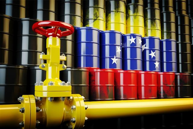 委国欲用石油币支付海事费用,市场反应迅速,百万桶石油被搁置