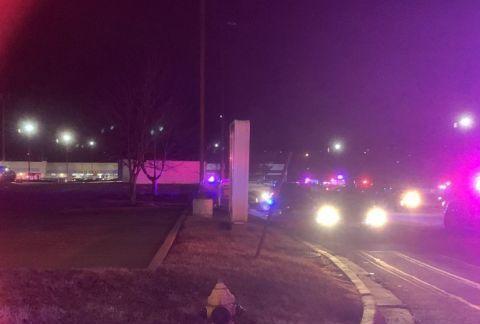 美堪萨斯城发生枪击案致2死15伤 死者包括一名嫌犯