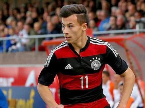 拜仁冬季首签边路新星!曾拿德国青训最高奖,他是下一个戴维斯?