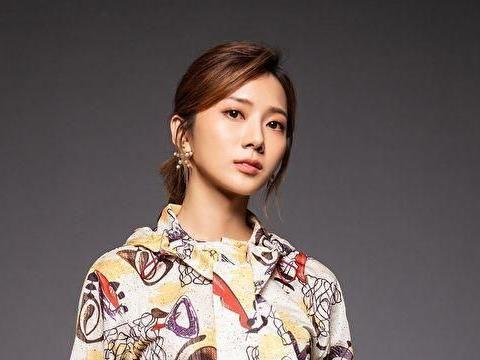 加盟新东家推新单曲,蔡黄汝多了新英文名