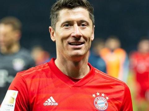 稳定输出,莱万10个德甲赛季中8有个进球进球数达到20