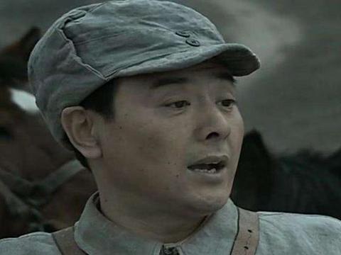 《亮剑》:身为纵队司令正军长的丁伟,为何只授了少将军衔?