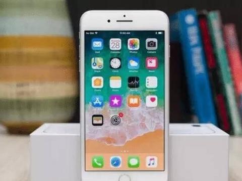 iPhone 8 Plus:不好意思,也该说再见了!