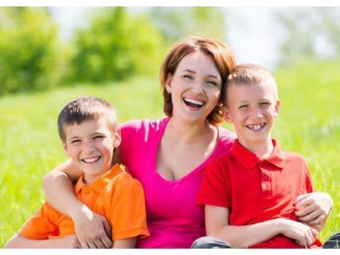 父母的3个行为,会耽搁孩子一生,很多人不幸中招
