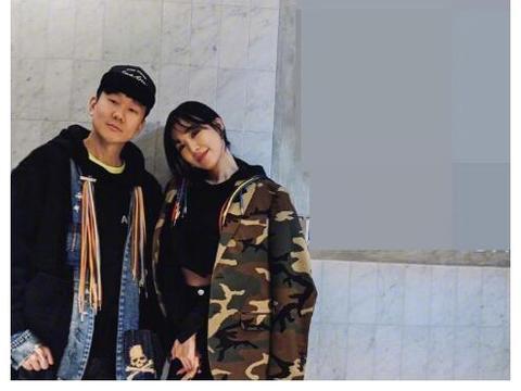 林俊杰晒与少女时代 Tiffany 合照,粉丝:这门亲事我不同意